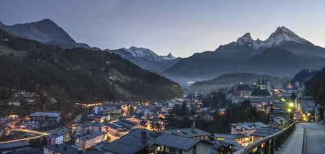berchtesgaden-alpine-watzmann-berchtesgaden-national-park-957002.jpeg
